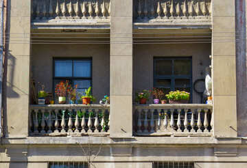 Old balcony with flowers №41012
