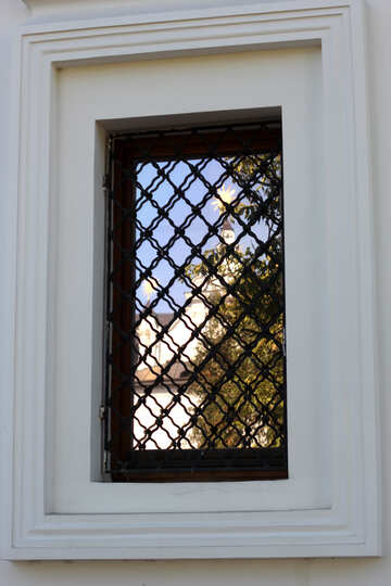Reflection of a church in a lattice window №41938