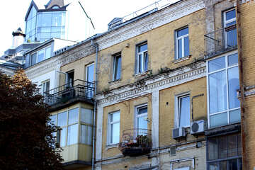 Balcony in an old building №41698