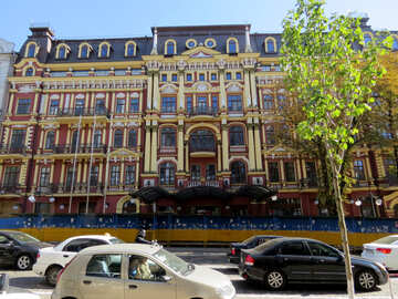 Beautiful building in the center of Kiev №41055