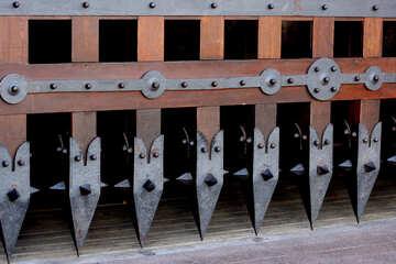 Острый край крепостных ворот №41646