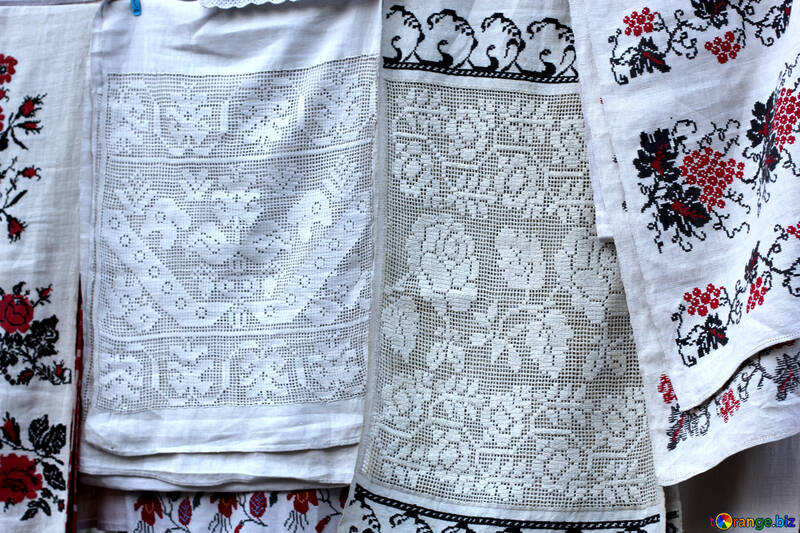 Embroidered towels №41497