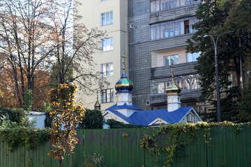 Church behind a fence №42149