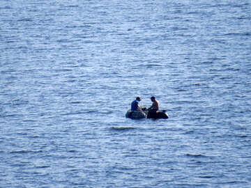 Fishermen on boat №42508