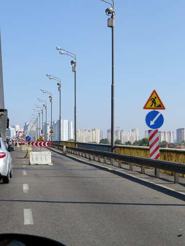 Deviazione segno e lavori stradali №42515
