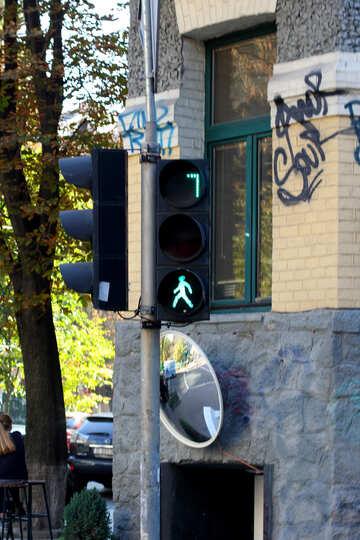 Green traffic light for pedestrians №42108