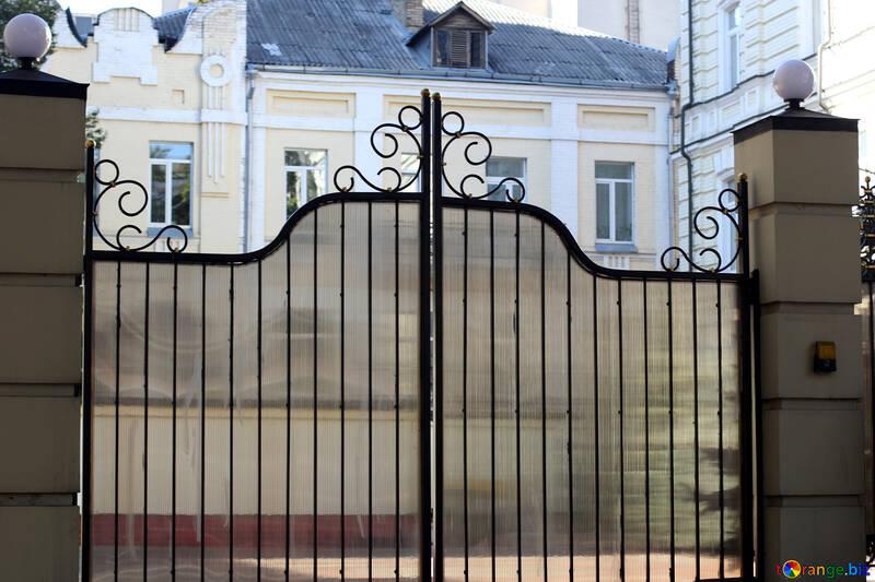 Portón puerta transparente seguridad № 42045