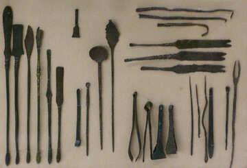 Die alten medizinischen Hilfsmitteln №43730