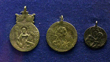 Ancient coin medallions №43483