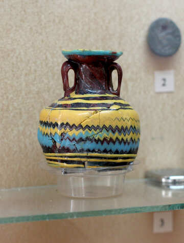Ancient colorful crockery №43942