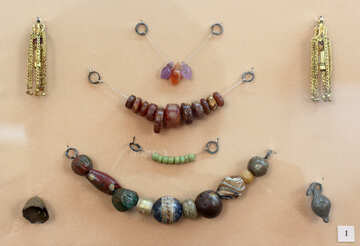 Ancient beads №43872