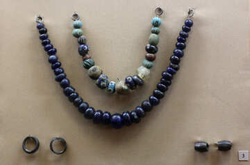 Ancient stone beads №43709