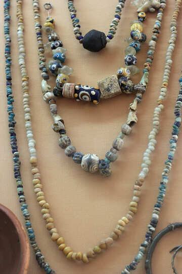 Old folk beads №43915