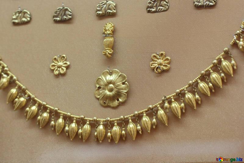 Antique gold №43910