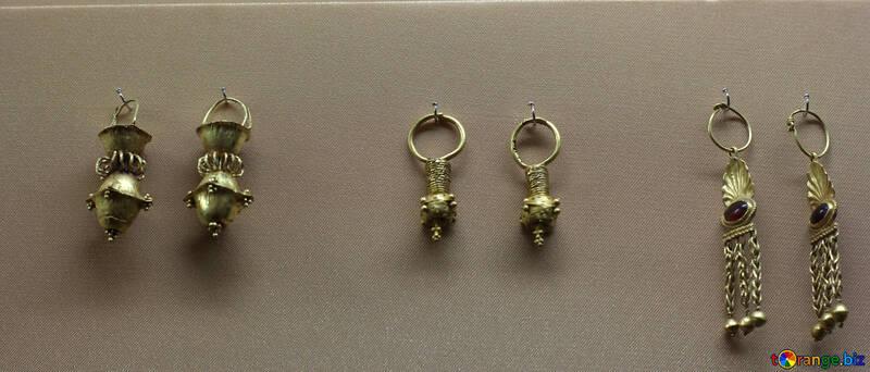 Vintage gold earrings №43737