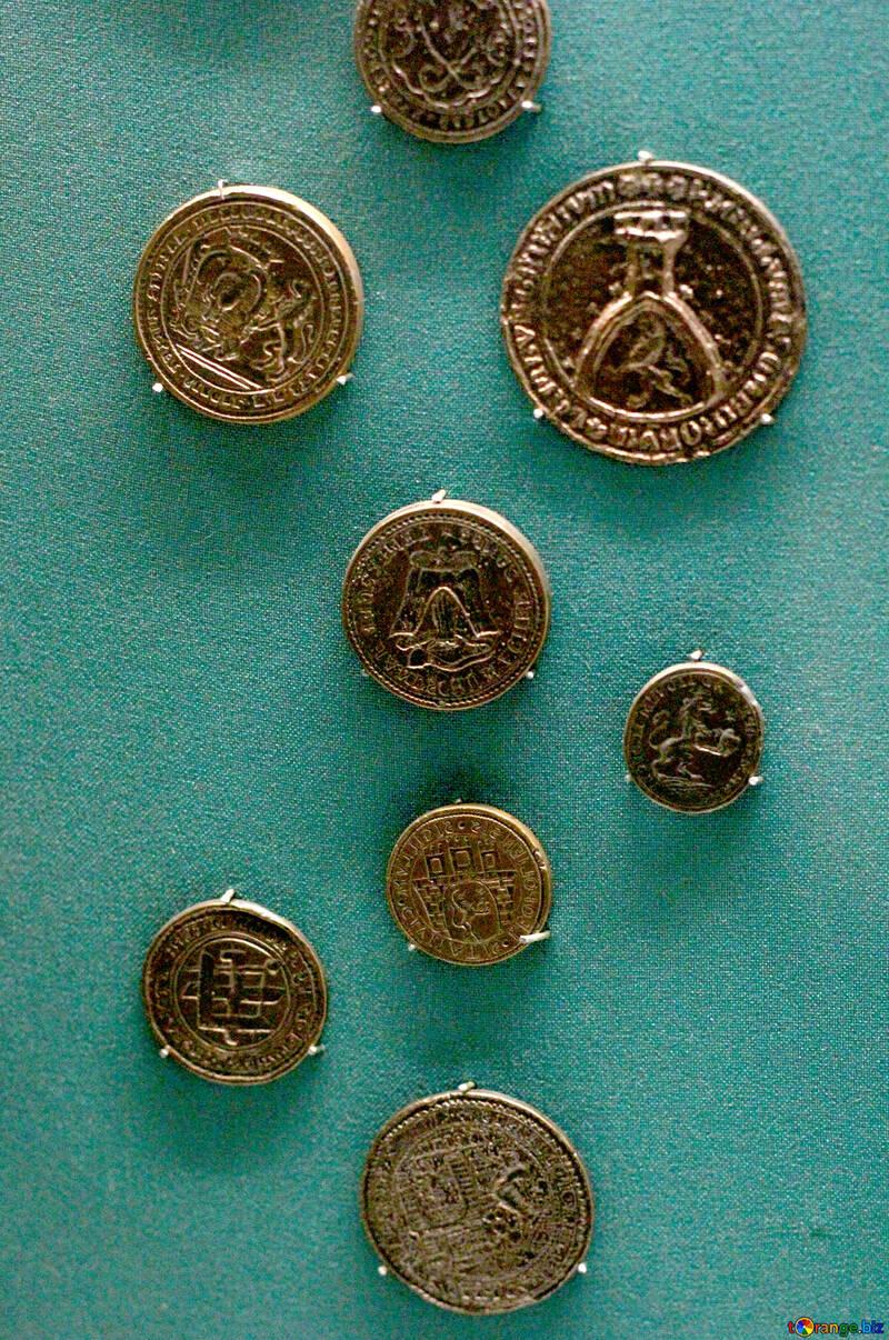Antique gold coins №43670