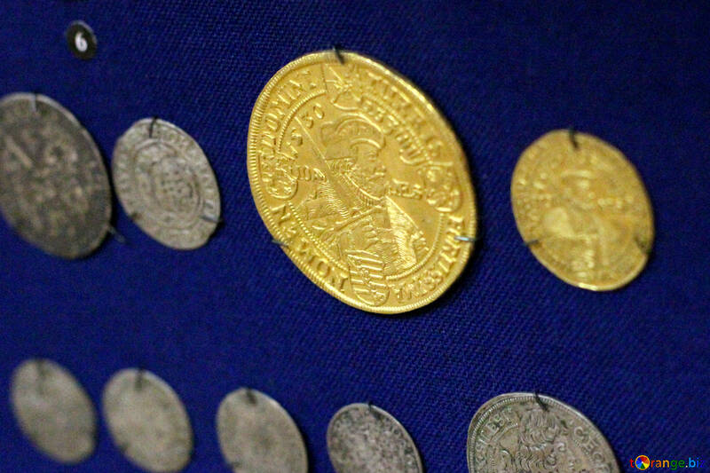 Ancient gold coin №43429