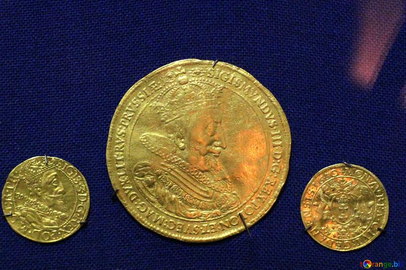 Golden coins №43425