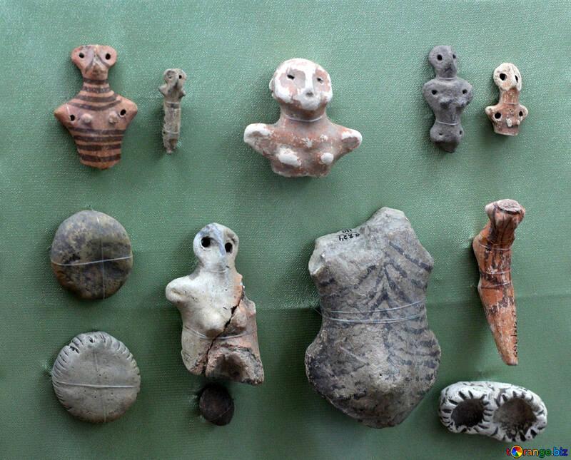 Ceramic figurines of the 4th century BC №43843