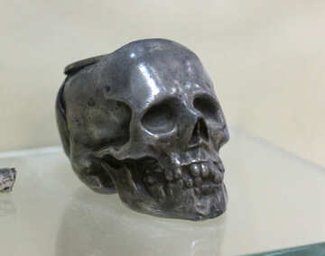 Vintage ashtray in the shape of skull №44303