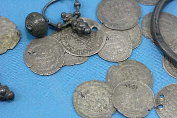 Coins and jewelery from the treasure №44003