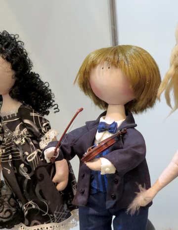 Doll violinist №44563