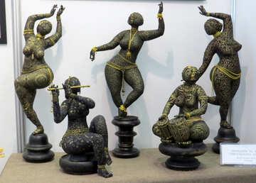 Women figures №44579