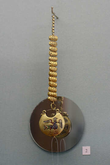 Ancient gold jewelry №44059