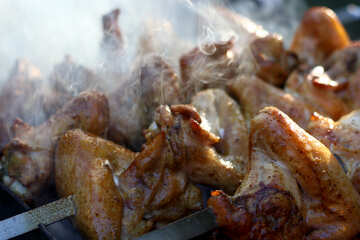 Chicken wings on the grill №44800