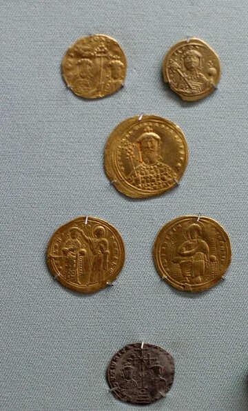 Vintage Ukrainian golden coins №44106