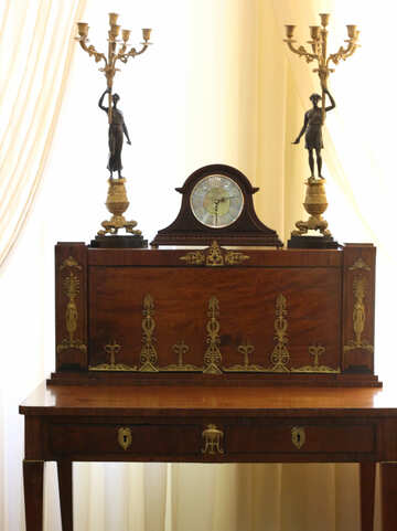 Antique chest of drawers with a watch №44198