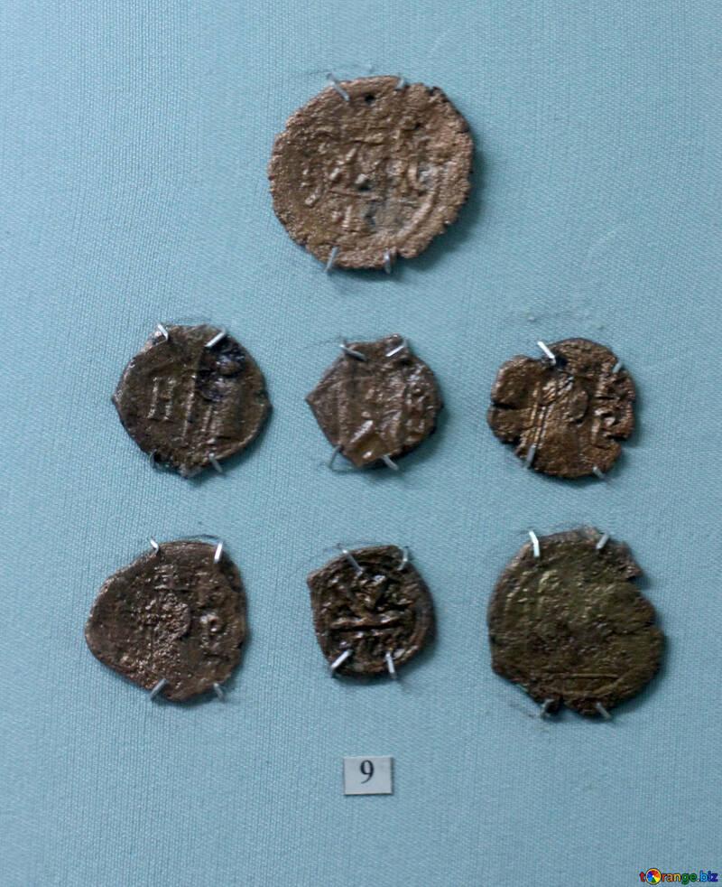 Bronze coins 6th century №44127