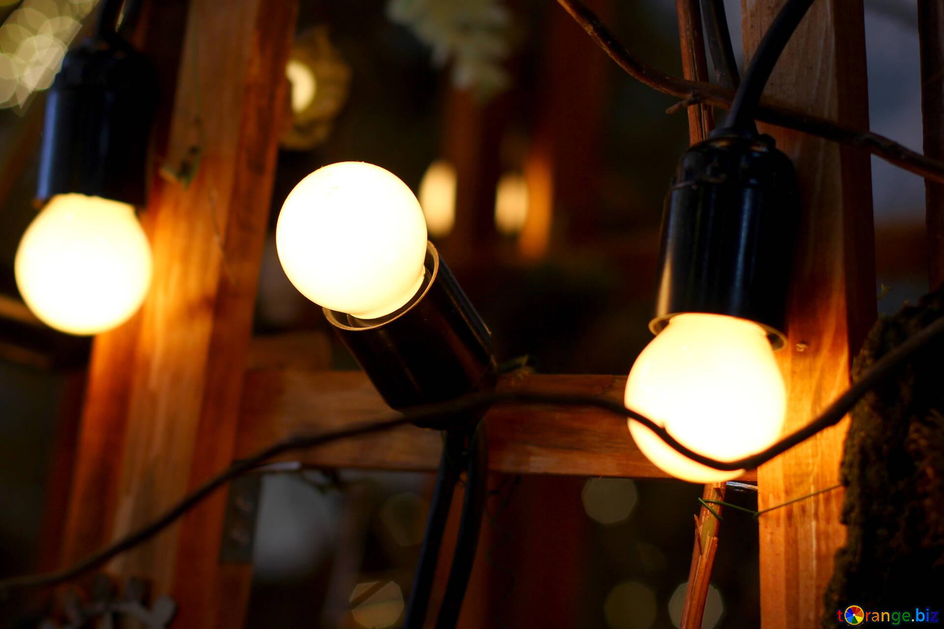 Lampadina A Incandescenza Storia lampade da tavolo e da terra ghirlanda delle vecchie