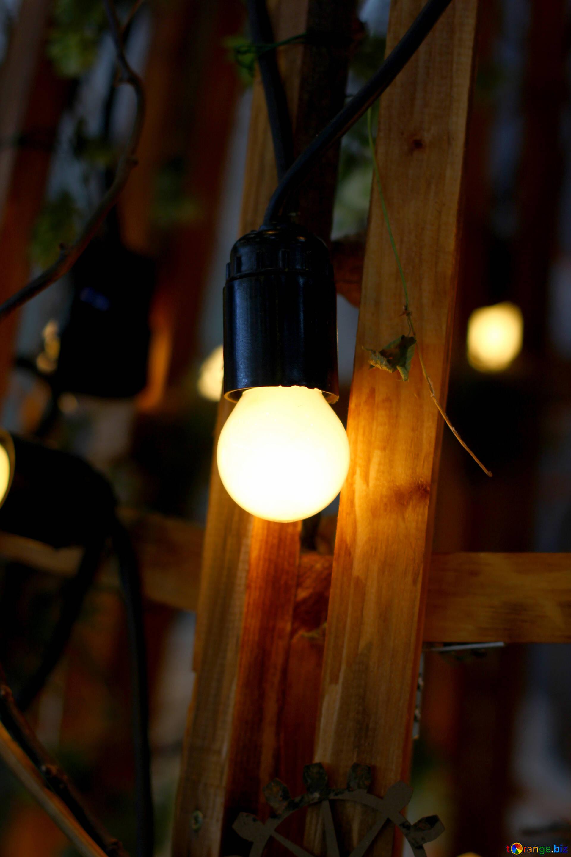 Lampadina A Incandescenza Storia lampade da tavolo e da terra vecchia lampada ad