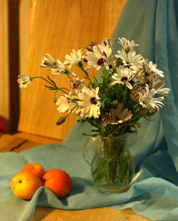 Natura morta con mele e fiori №46859