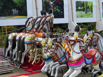 Pferde-Karussell für Kinder №46726