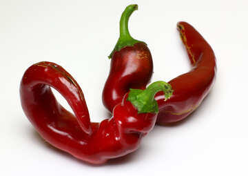 The curved pod of red pepper №46666