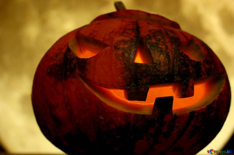 Calabaza de Halloween en un fondo de la luna ronda completa №46180