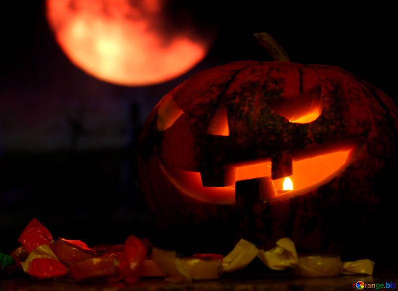 Хэллоуин тыква на фоне луны №46164
