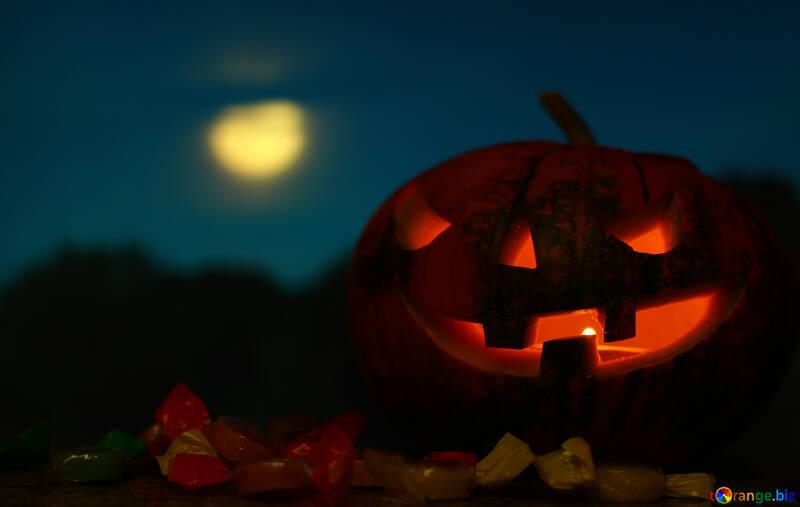 Хэллоуин тыква на фоне луны №46171