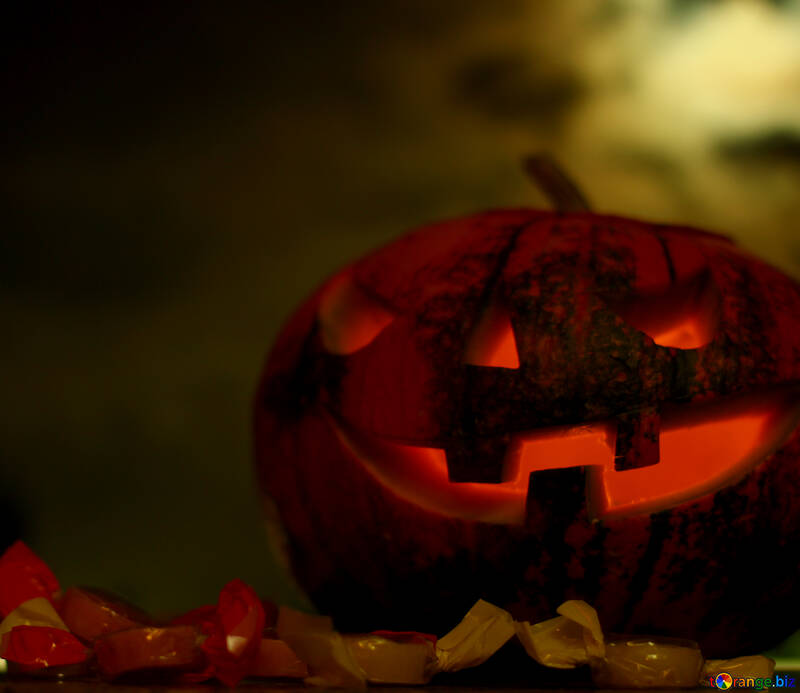 Хэллоуин тыква на фоне заката №46175