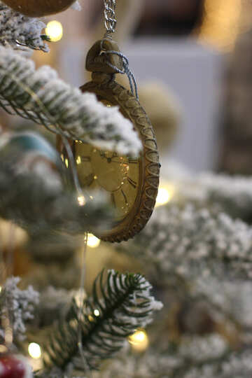 Christmas toys vintage watch on a Christmas tree №47795