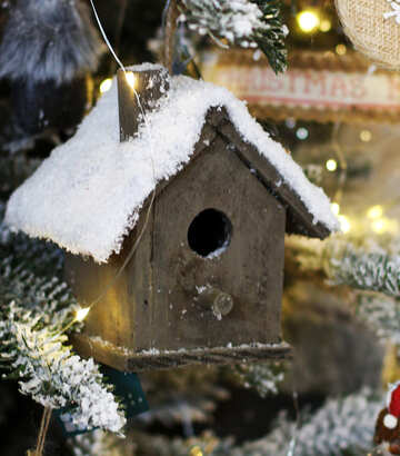 Homemade Christmas toy birdhouse on the tree №47680