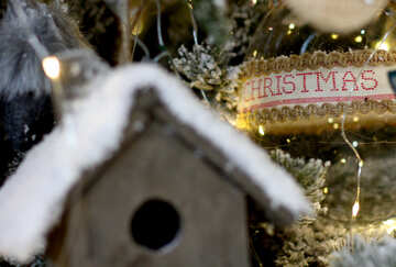 Homemade Christmas toy birdhouse on the tree №47682