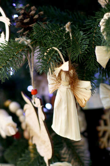 Wicker Christmas toys on the Christmas tree №47671