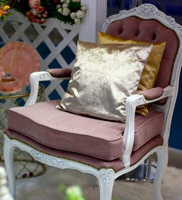 A cozy armchair №47113