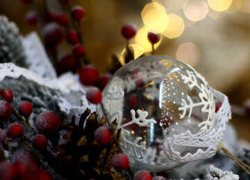 Glass Christmas ball in the composition №47573