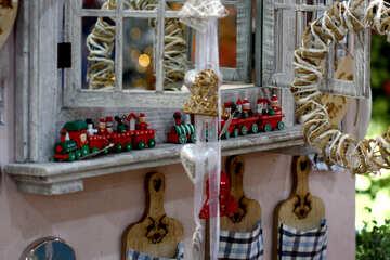 Window Dolls house №47092