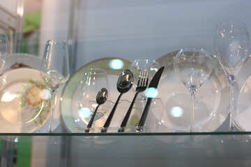 Crockery and cutlery items №47201