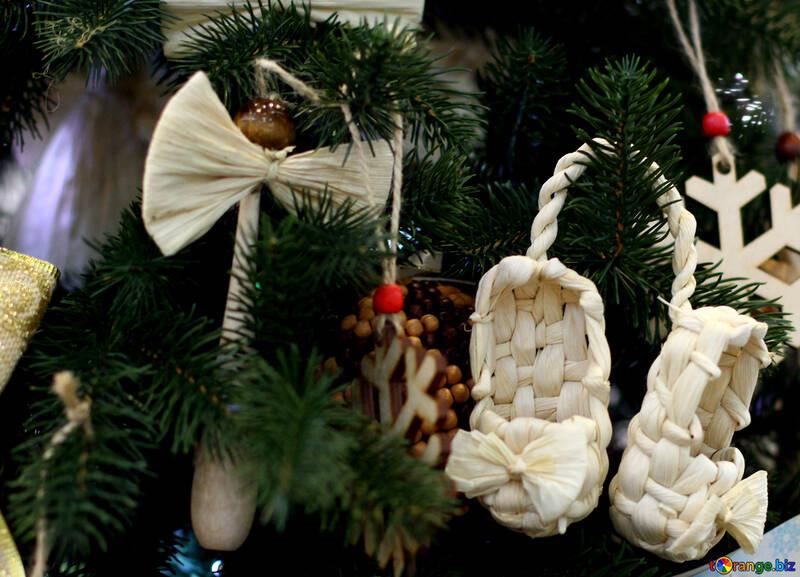 Christmas Tree Toys Handmade.Natural Christmas Decorations Woven Christmas Toys On The